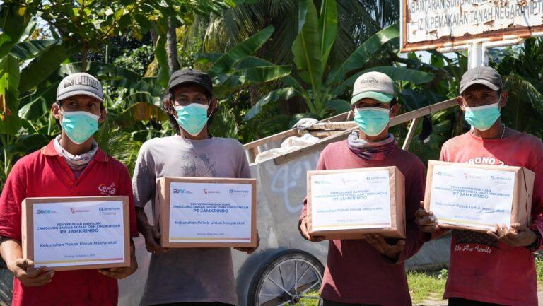 Rayakan Kemerdekaan, Jamkrindo Beri Bantuan Ratusan Paket Sembako