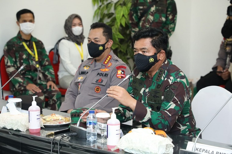 Panglima TNI Bangga Atas Dedikasi Nakes dan Non Kesehatan