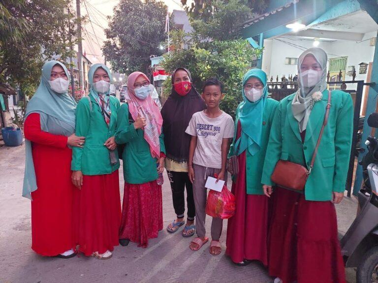 Fatayat NU Kota Tangerang salurkan Bantuan untuk Yatim dan Masyarakat Kurang Mampu