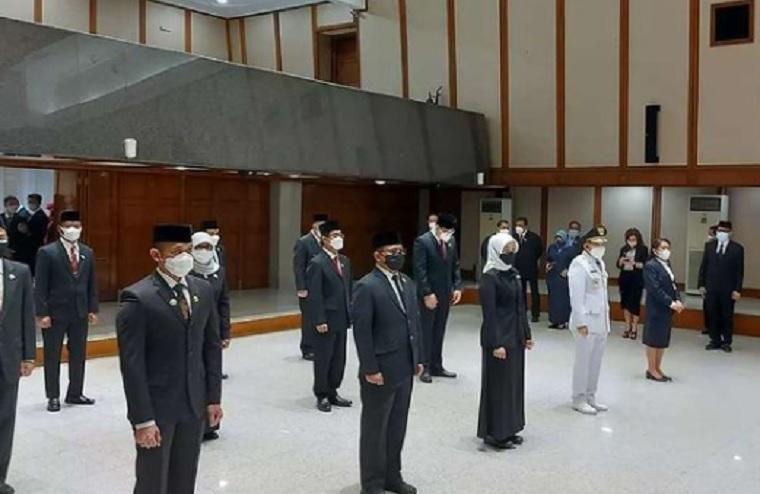 Lantik 13 Pejabat Tinggi Pratama, Anies: Anda Harus Jadi Pemimpin