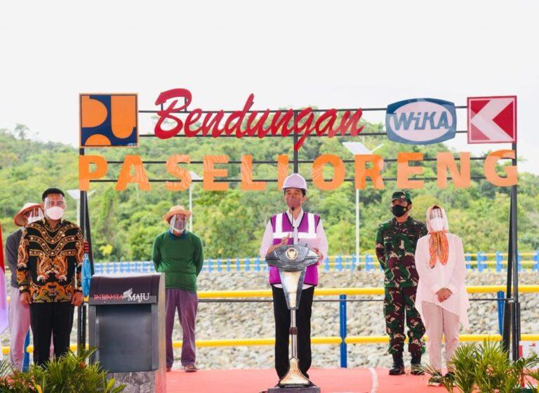 Jokowi Resmikan Bendungan Paselloreng dan Bendung Gilireng
