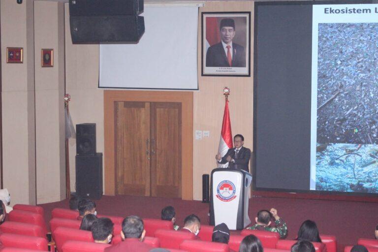 Kuliah Umum Unhan; Ekonomi Maritim sebagai Lokomotif menuju Indonesia Emas 2045