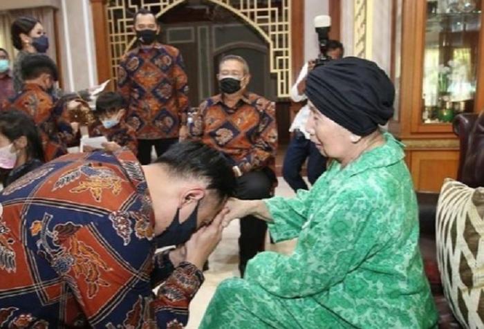 Mertua SBY Wafat, AHY: Ibu Ageng Sosok Eyang Panutan