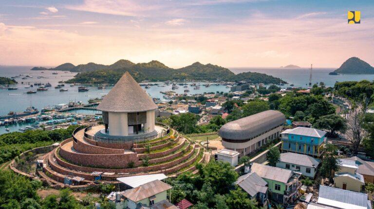 Perubahan Wajah Labuan Bajo Menjadi Kawasan Wisata Premium Berkelas Dunia