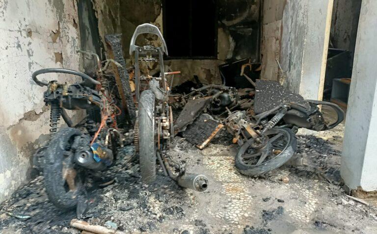 Kebakaran Rumah di Depok Hanguskan 3 Sepeda Motor