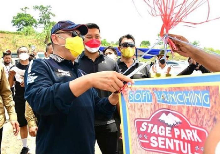 Beri Dukungan, Bamsoet Resmikan Soft Launching Stage Park Sentul