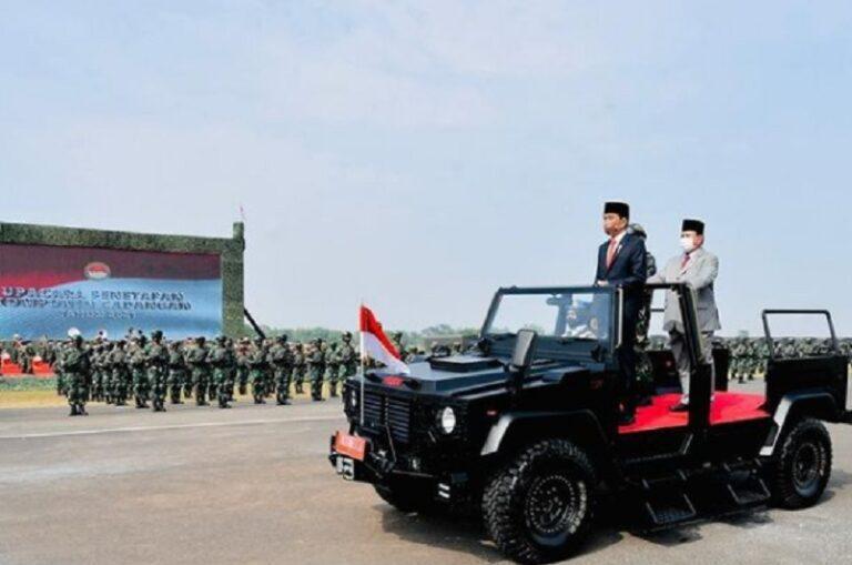 Jokowi Apresiasi Pasukan Komcad TNI yang Dikukuhkan